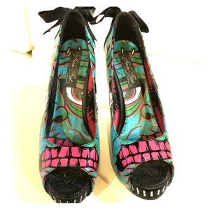 Like new iron fist monster shoes